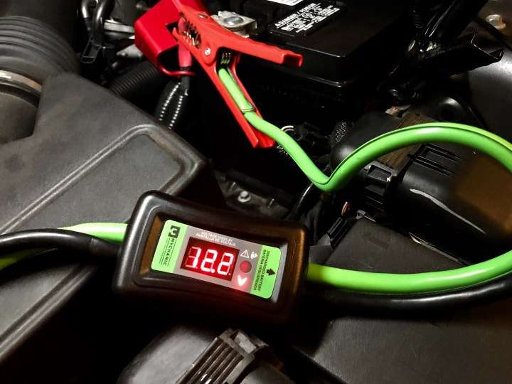 The Mychanic Smart Cables make jump-starting a car easier thanks to smart features.
