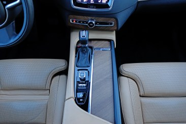 2017 Volvo XC90 Interior 3
