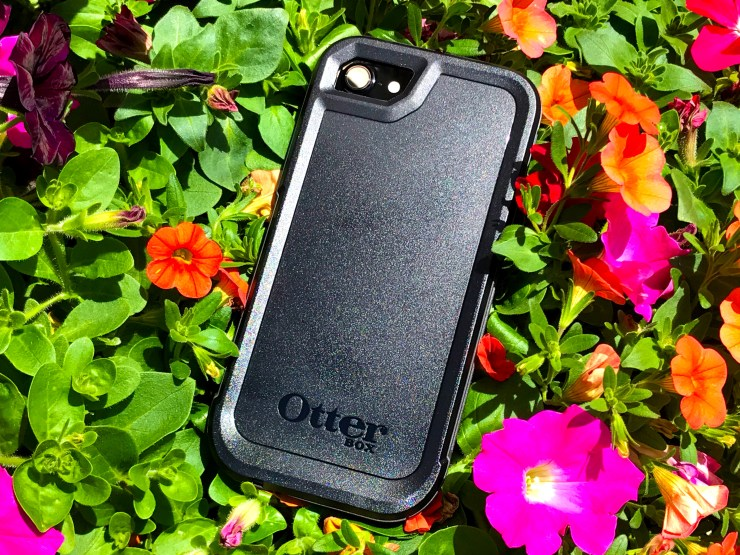 OtterBox Pursuit iPhone 7 Case