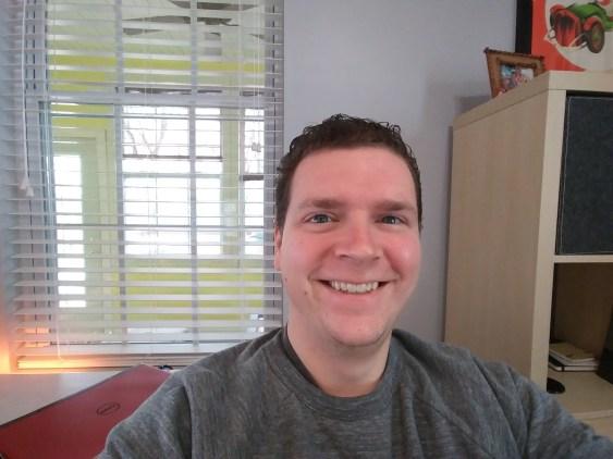 LG G6 Wide Selfie
