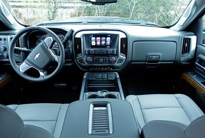 A roomy and functional interior in the 2017 Chevy Silverado 2500HD.