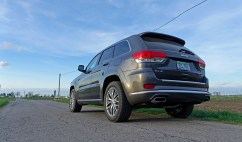2017 Jeep Grand Cherokee Review - 5