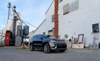 2017 Jeep Grand Cherokee Review - 8