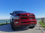 We like the bold look of the 2017 RAM 2500.