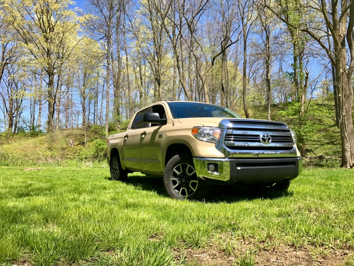 What buyers need to know about the 2017 Toyota Tundra SR5.