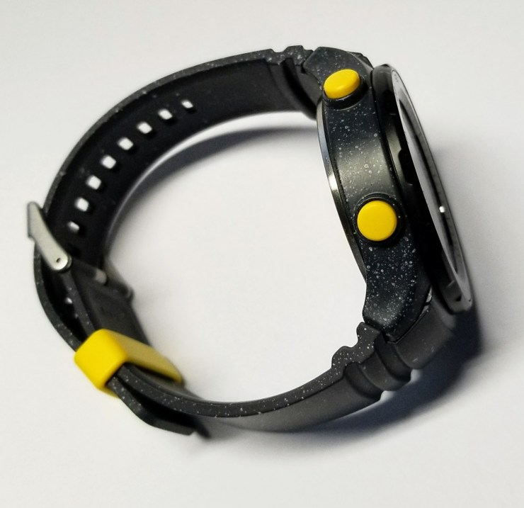 huawei watch 2 side with buttons
