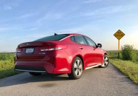 2017 Kia Optima Hybrid Review - 15