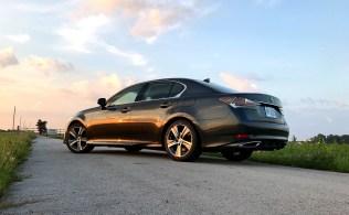 2017 Lexus GS 200t Review - 18