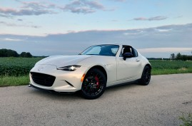 2017 Mazda MX-5 Miata RF Review - 25