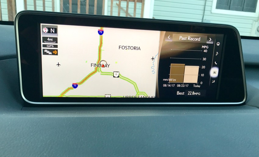 The infotainment screen is beautiful and allows you to put two different sets of information on the screen at once.