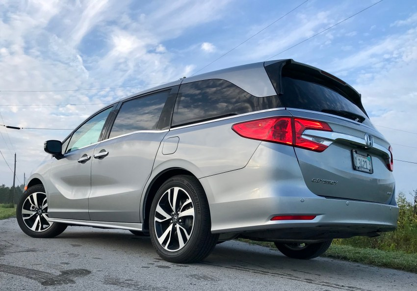 The 2018 Honda Odyssey handles nicely.