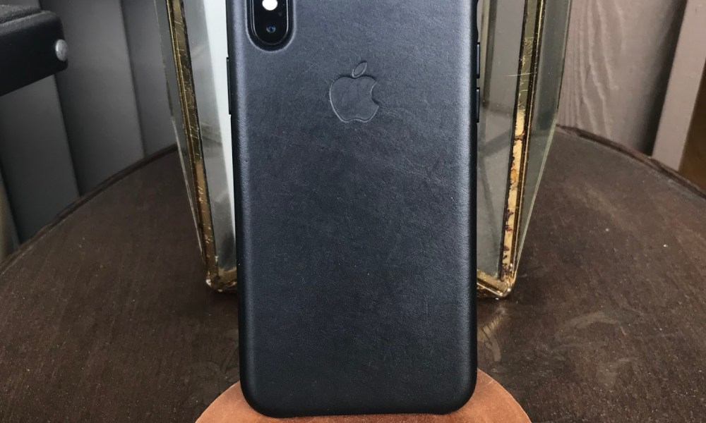 brand new 28a18 d841d iPhone X Leather Case Review: 4 Reasons to Buy & 3 Not To