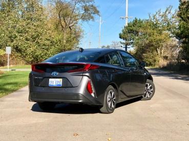 2017 Toyota Prius Prime Review - 13