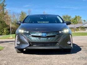 2017 Toyota Prius Prime Review - 15