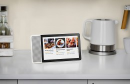 Lenovo Smart Display with Google Assistant - 8
