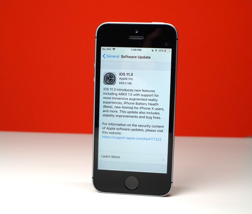 iPhone SE iOS 11.3 Impressions