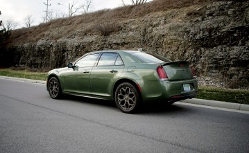 2018 Chrysler 300 Review -1