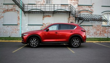 2018 Mazda CX-5 Review - 17