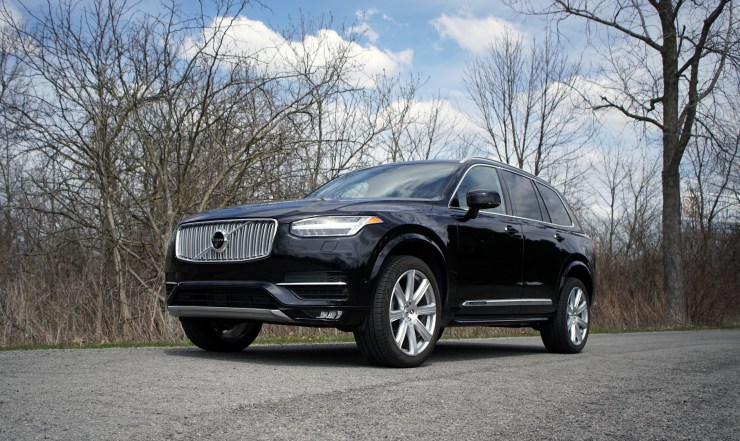 Driving the 2018 Volvo XC90.
