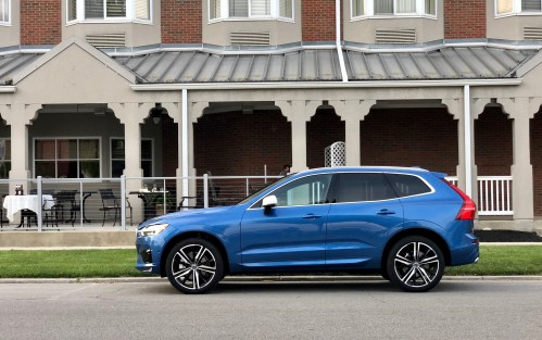 2018 Volvo XC60 Review - R-Design - 23