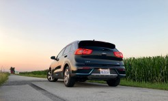 2018 Kia Niro PHEV Review - 15