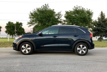 2018 Kia Niro PHEV Review - 6