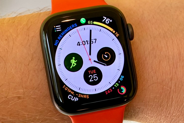 Buy the Apple Watch 4 for a Bigger Screen