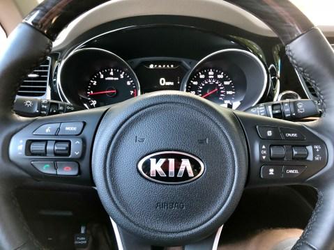 2018 Kia Sedona Review - 8