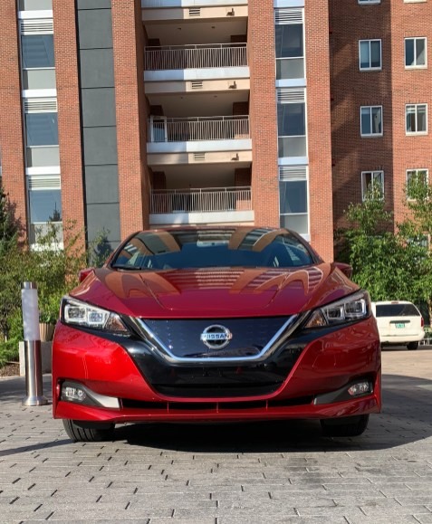 2018 Nissan Leaf Review - 11