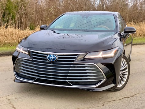 2019 Toyota Avalon Review - 24