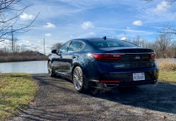 2018 Kia Cadenza Review - 10