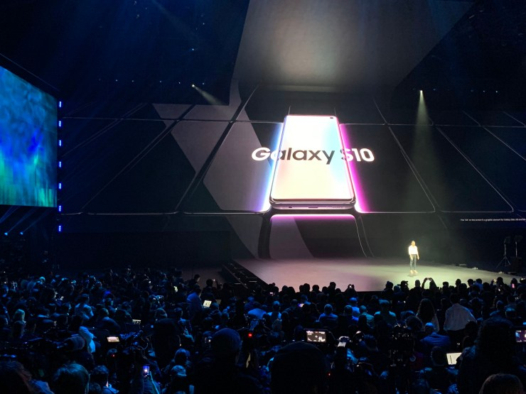 Wait for Galaxy S10 5G Reviews