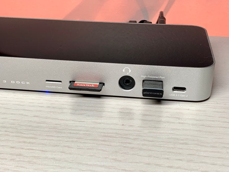 I love these ports on the front.