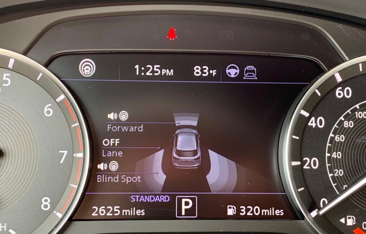 ProPILOT Assist keeps you in your lane and adaptive cruise in the flow of traffic for easier commutes and road trips.