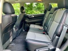 2019 Nissan Pathfinder Review - Interior - 20