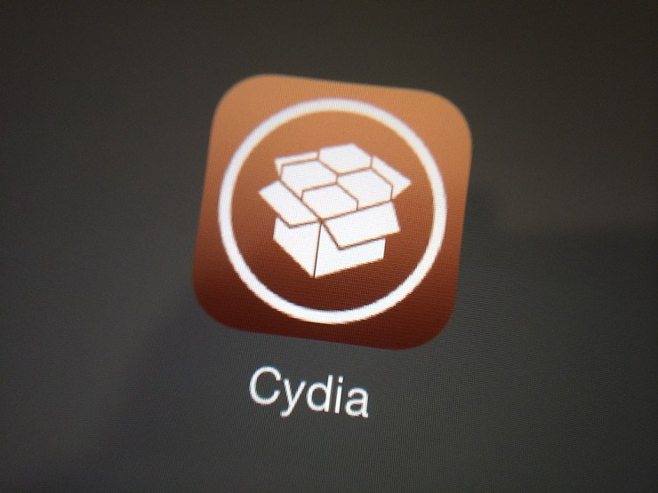 iPhone 7 iOS 13.2.3 Jailbreak