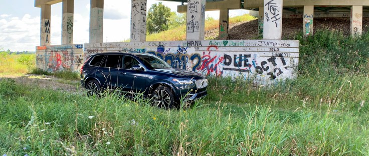 2019 Volvo XC90 Review - 14