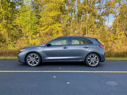 2019 Hyundai Elantra GT N Line Review - 7