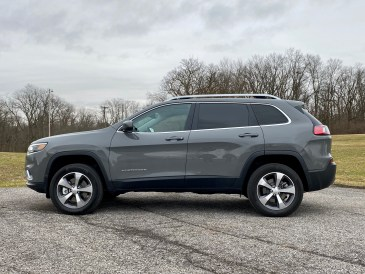 2020 Jeep Cherokee Review - 5