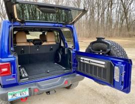 2020 Jeep Wrangler EcoDiesel Review - 7