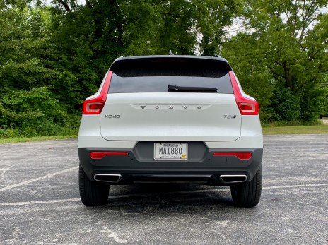 2020 Volvo XC40 Review - 15
