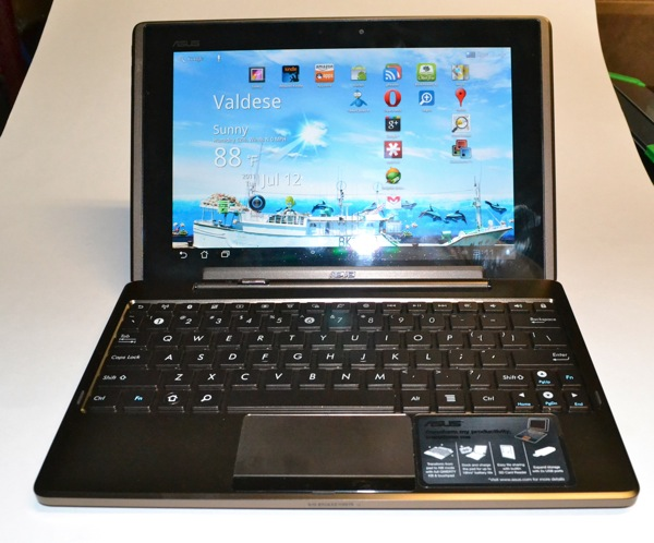 ASUS Eee Pad Transformer in MobileDock Keyboard