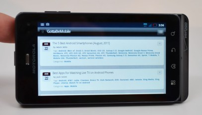 Droid 3 Review display 2