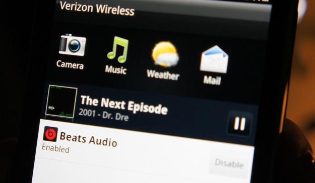 HTC Rezound Beats Audio kicks in when you plug in headphones