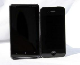 HTC_HD7_vs_iPhone4