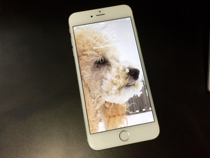 Spruce Up Your Old Mobile With A New Lock Screen Look: How To Change The IPhone Lock Screen