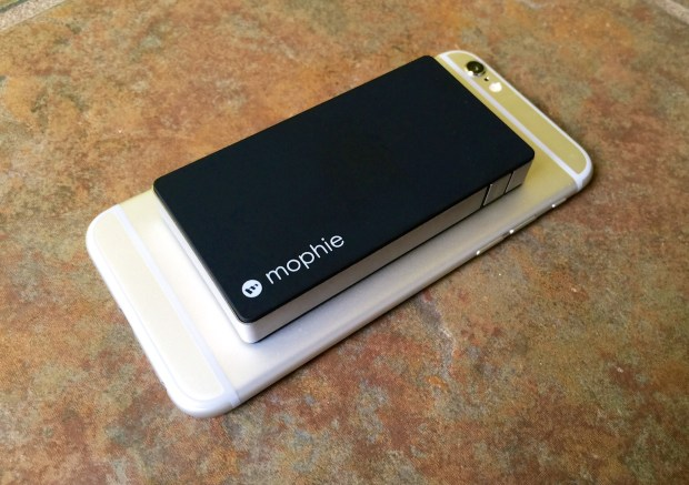The iPhone 6 Mophie case is more elegant than this external battery option.