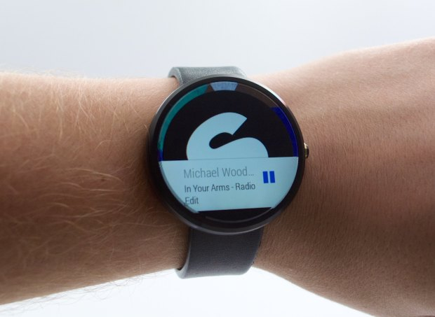 You can control music playback from the Moto 360.