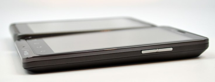 Droid Bionic vs HTC Thunderbolt - Thickness