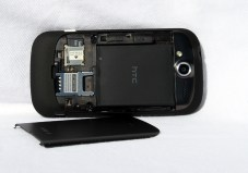 MyTouch-4G_backcover_off